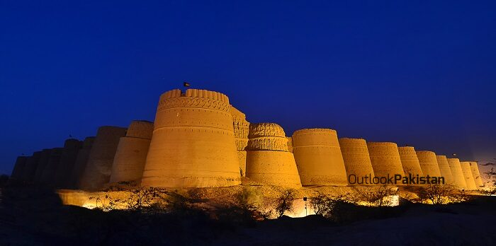 Darawar fort in bahawalpur