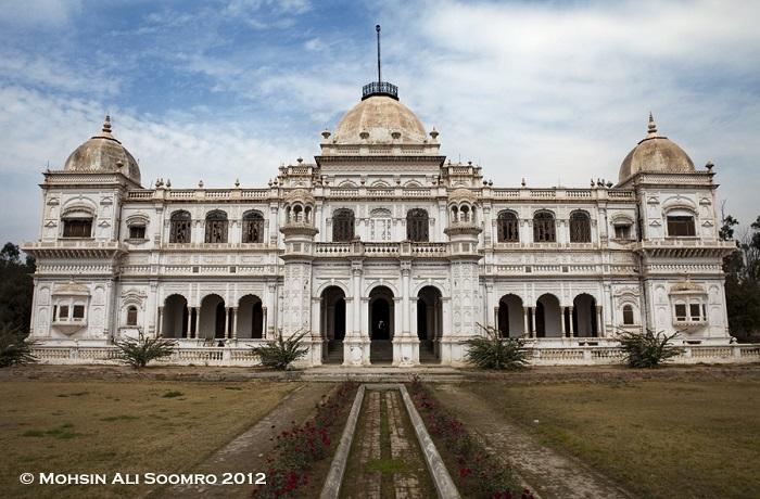 Sadiq Garh Mahal