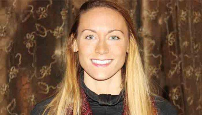 World's fastest traveler Cassandra de Pecol