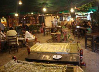 Courtyard of Panj Vehra Desi Restaurant