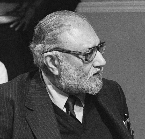 Dr. Abdus Salam non-muslim pakistanis
